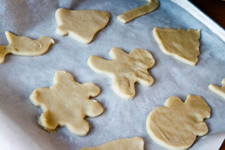 Hidden Secrets to the Perfect Sugar Cookie from MomAdvice.com