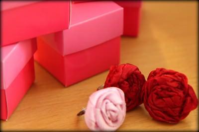 Gift Giving: Sweet Little Ribbon Rings