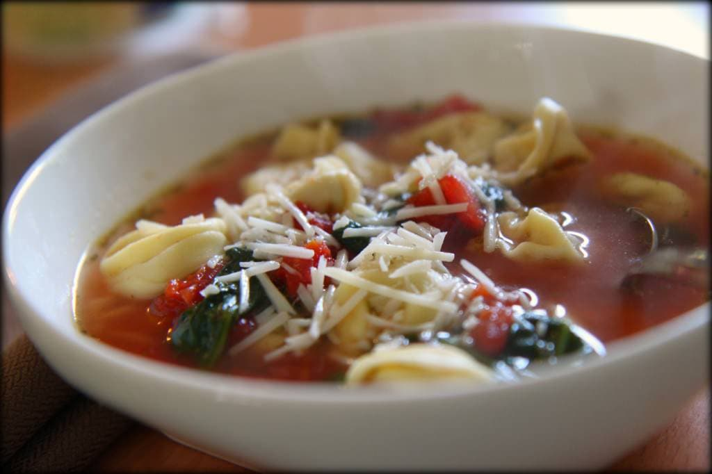 pesto chicken tortellini soup 3