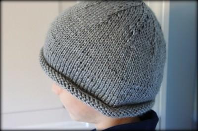 Ravelry: Paddington, Vintage Style Rolled Brim Hat pattern by Tina