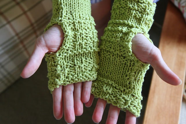 Knitting Trendy Gifts of Warmth for the Holidays - MomAdvice