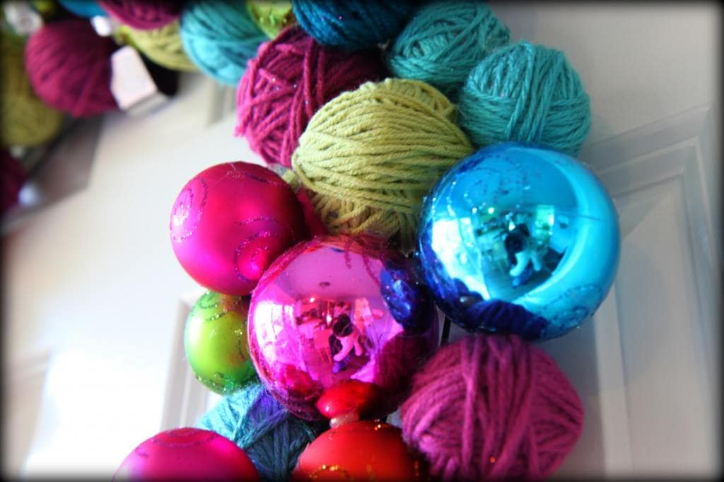 yarn ball wreath 5