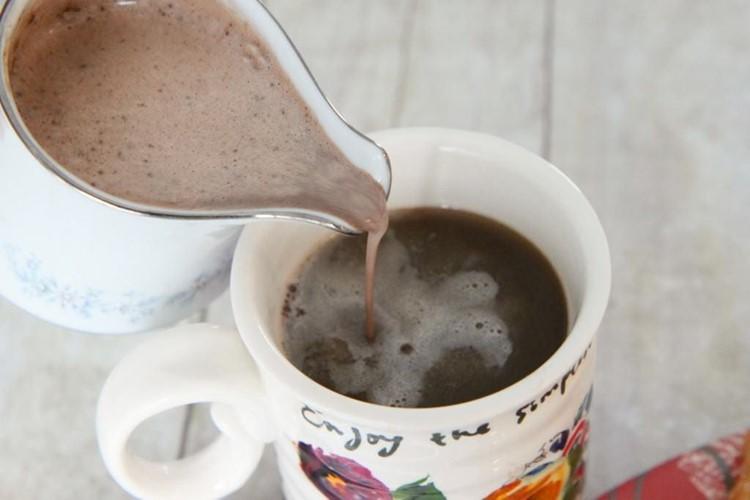 Homemade_Mint_Truffle_Creamer