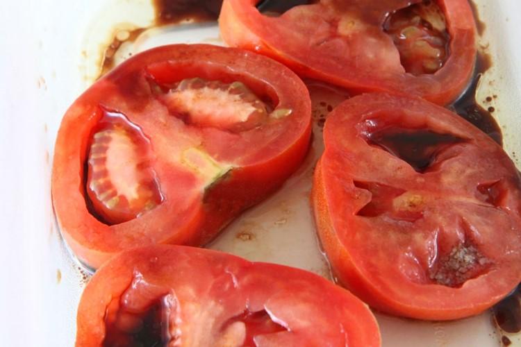 Spinach, Tomato, & Mushroom Flatbread Pizza - MomAdvice