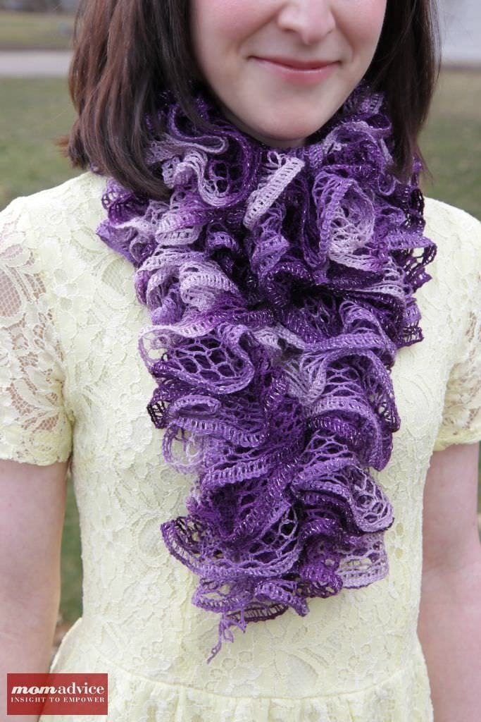 Knitting Pattern Ruffle Scarf : Easy Knitted Ruffled Scarf With Sashay Yarn - MomAdvice