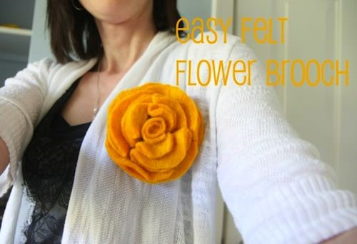 easy_felt_flower_brooch