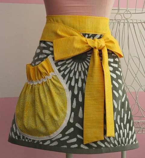 yellow-gray-apron