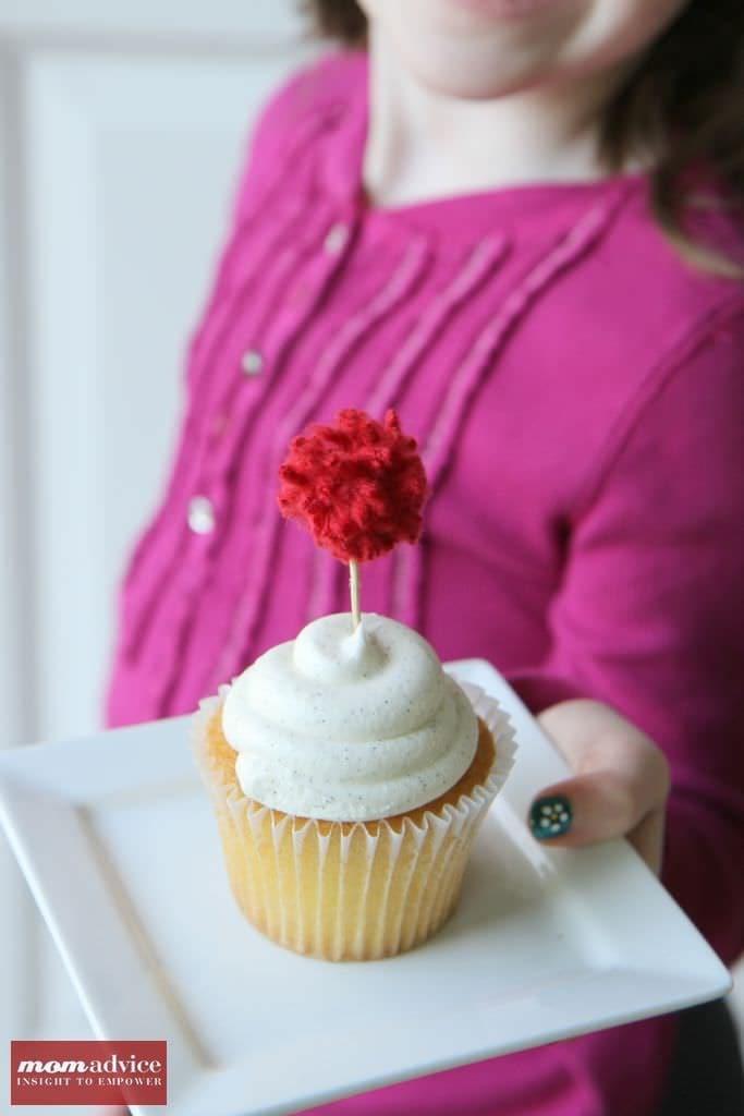 Pom-Pom Cupcake Topper