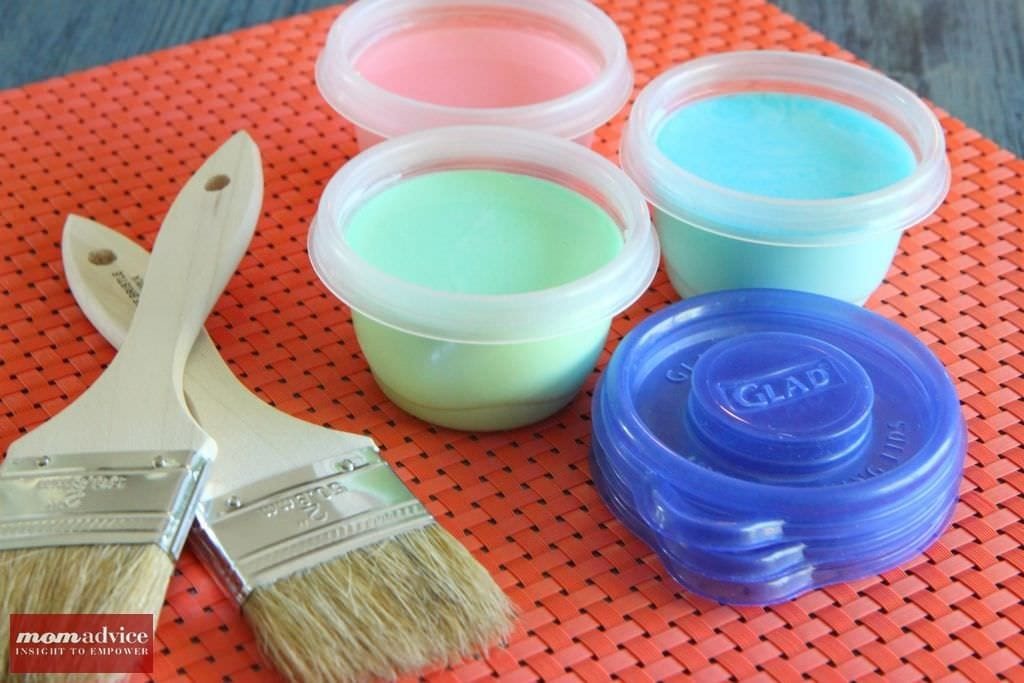 Homemade_Sidewalk_Chalk_Paint_Recipe_4