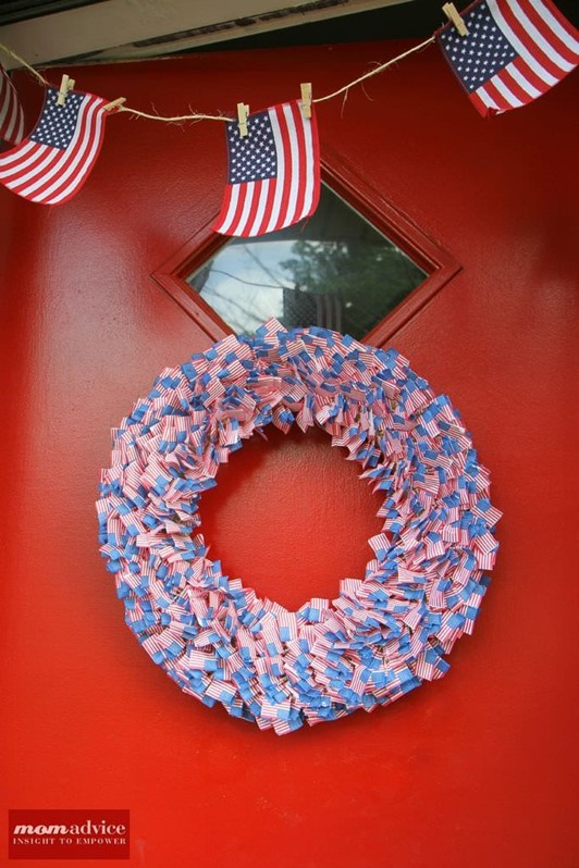 4th of July Flag Cupcake Pick Wreath & Easy Flag Bunting