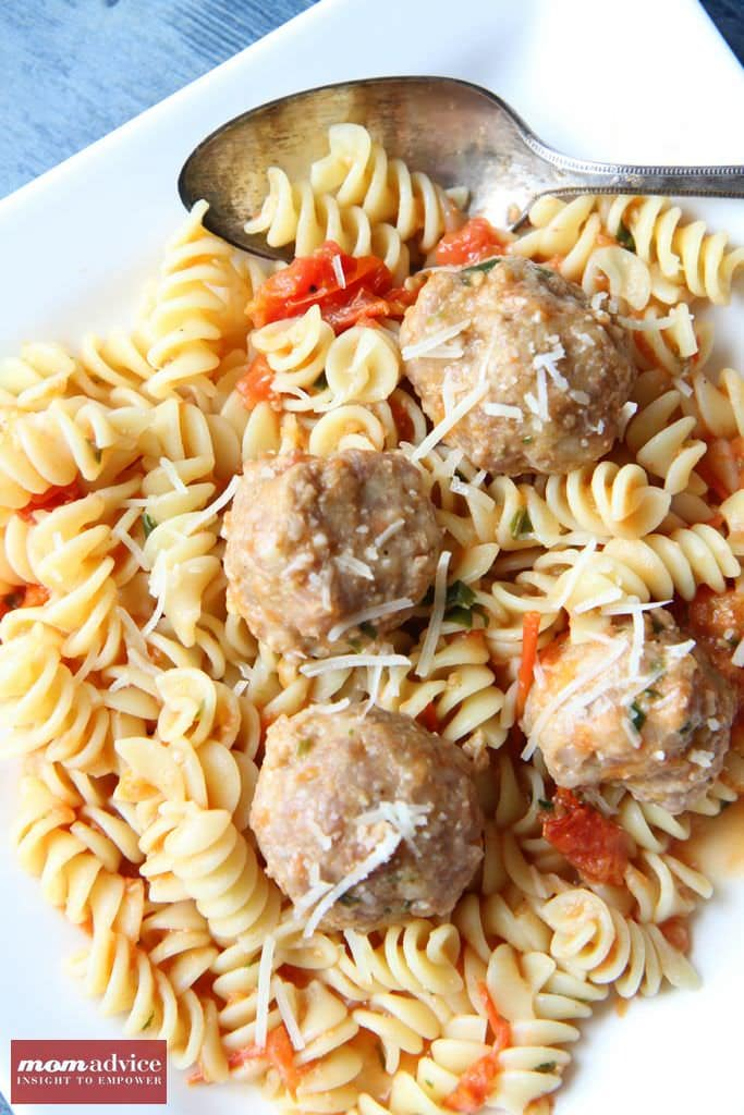Rotini With Turkey Meatballs
