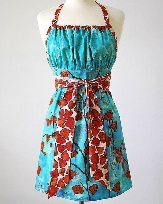 blue-gathered-apron