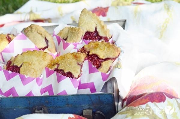raspberry-hand-pies