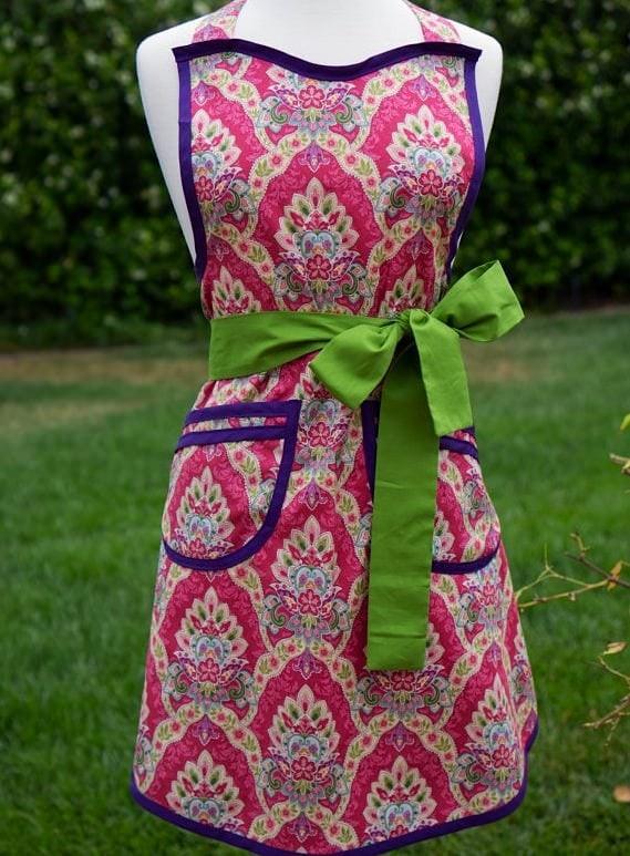 Pink pattern apron