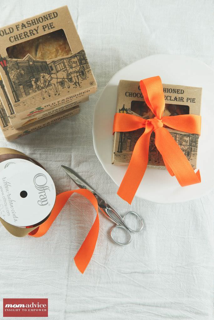 Mini Pie Hostess Favor