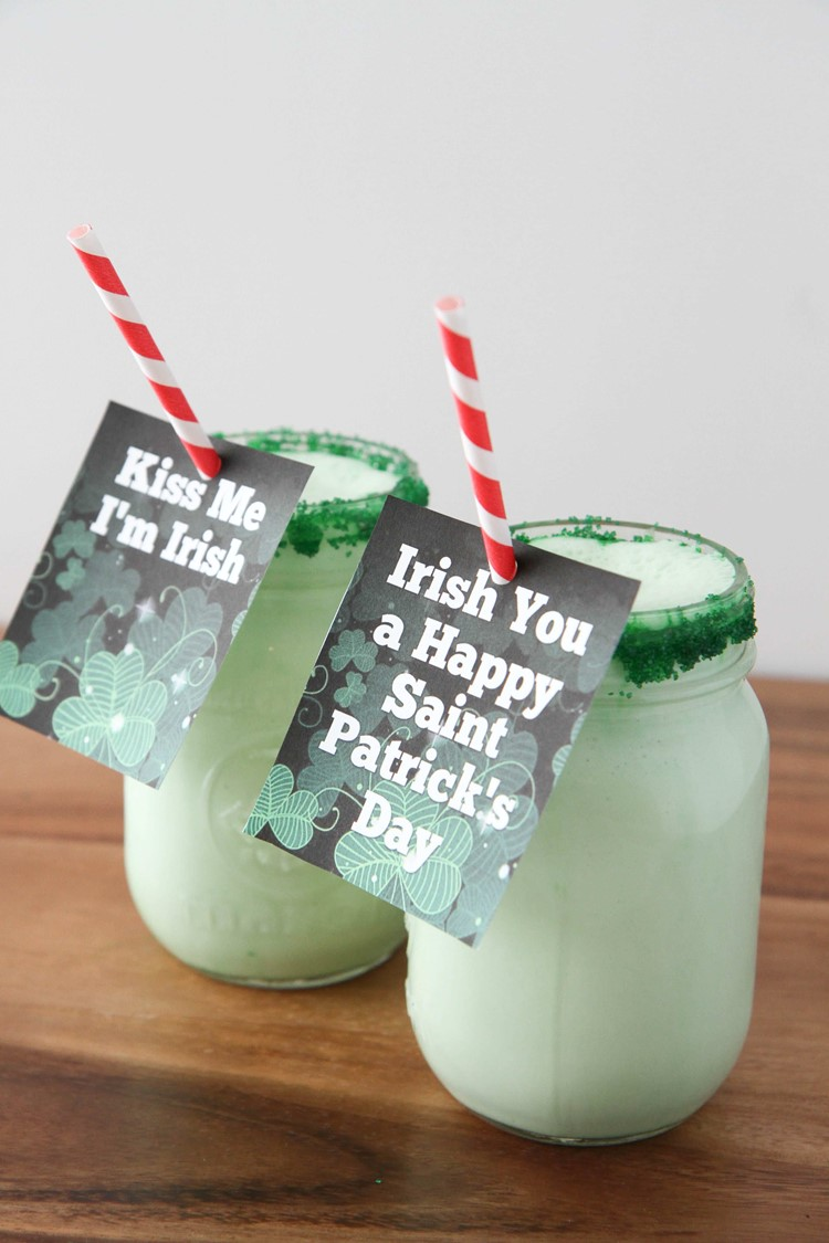 DIY Shamrock Shake Recipe (And Free Straw Printables)