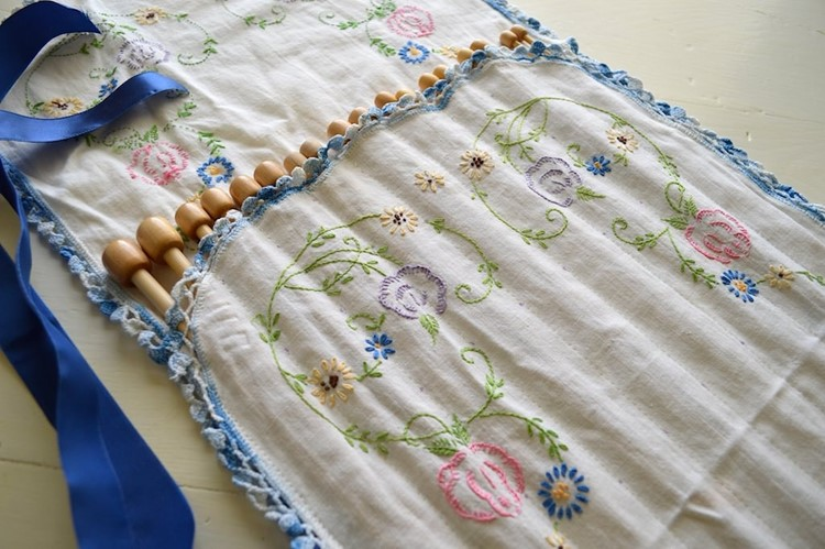 Knitting Pattern Needle Holder : How To Make A Knitting Needle Holder From Vintage Linens - MomAdvice