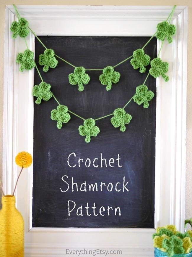 Crochet-Shamrock-banner