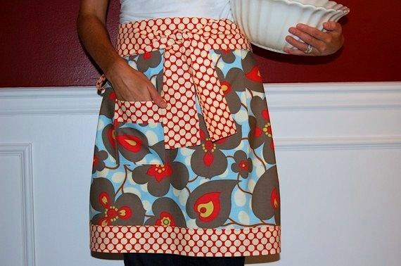 floral-dot apron