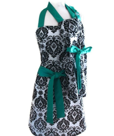 Apron Full of Giveaways 04.29.14