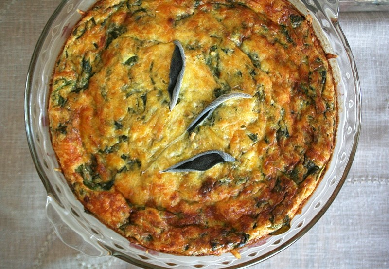 A Self Crusting, Dark Leafy Green Quiche | momadvice.com