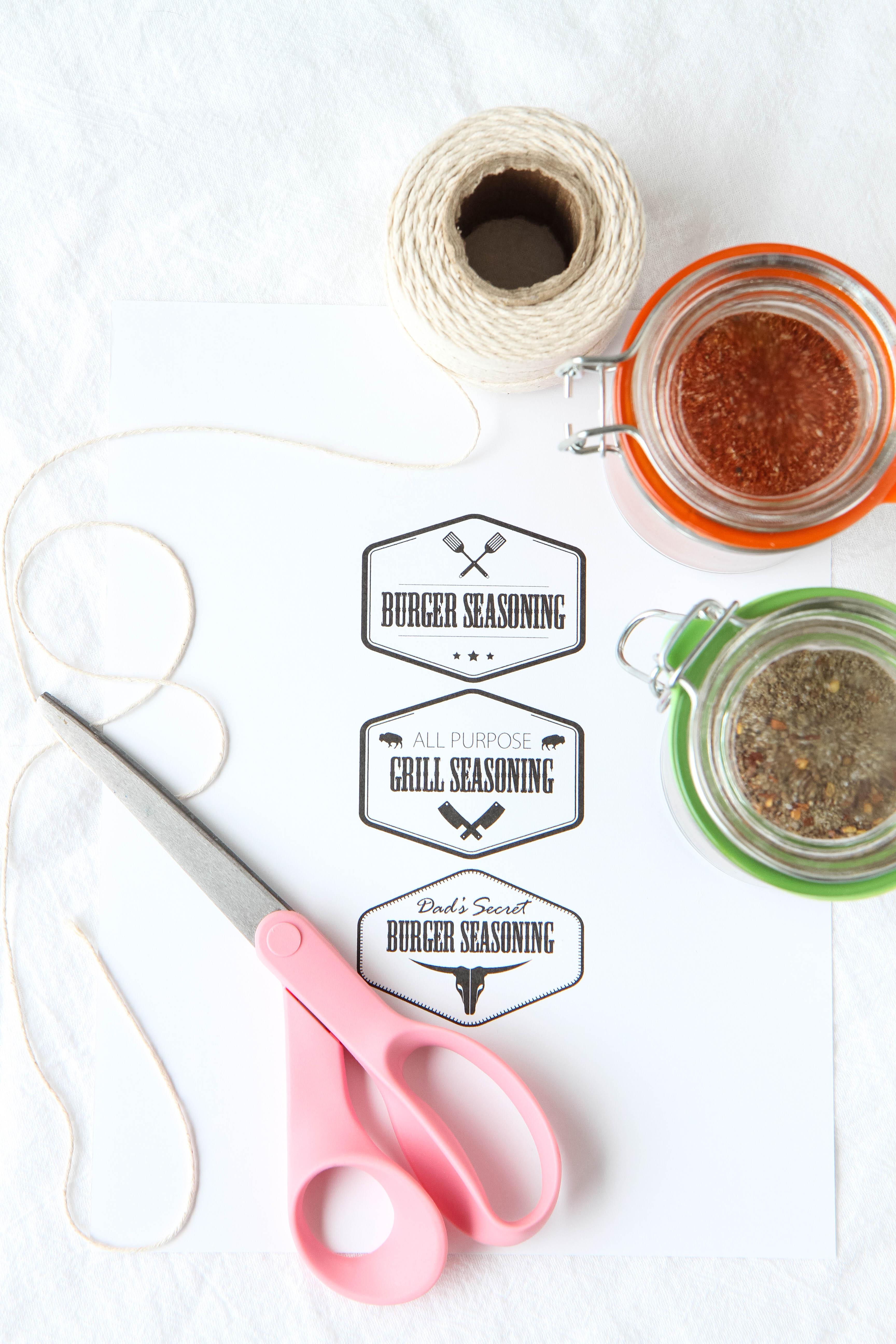 DIY grill seasonings plus free printable labels for gift giving!