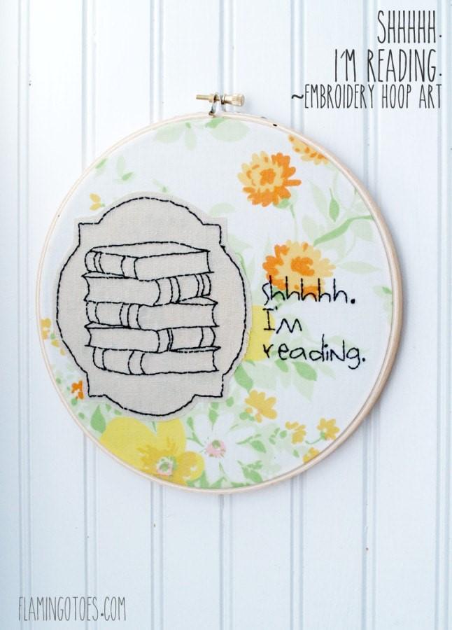 Reading Embroidery Hoop Art via Thirty Handmade Days