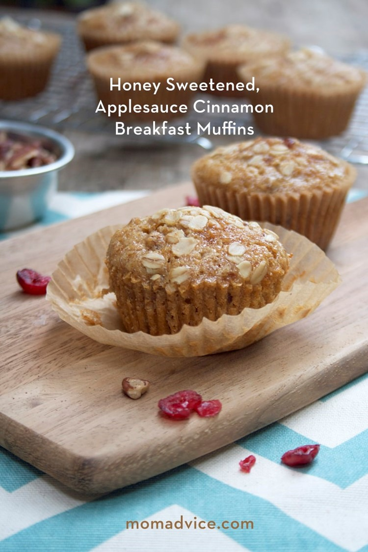 Honey Sweetened, Applesauce Cinnamon Breakfast Muffins #recipe via momadvice.com