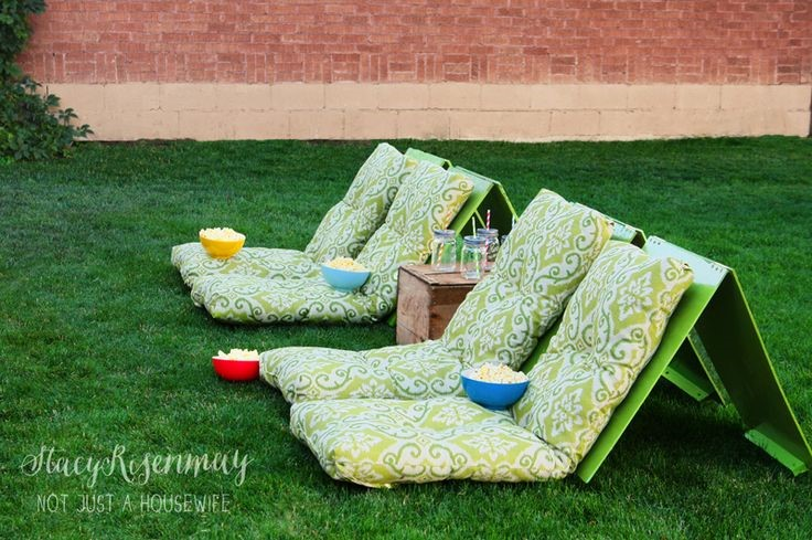 Diy movie theater seats via Not Just a Housewife