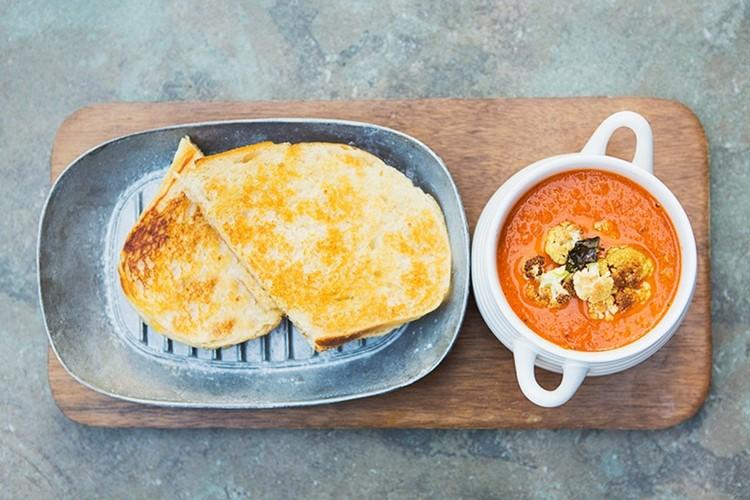 Tomato Soup with Roasted Cauliflower Crumble / MomAdvice.com