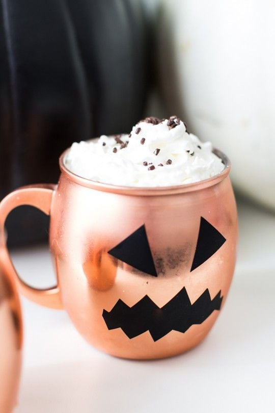 DIY Halloween Glassware via Sugar and Cloth
