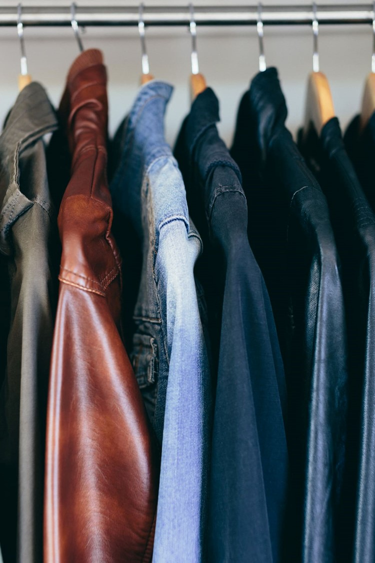 Make Money Organizing Your Closet