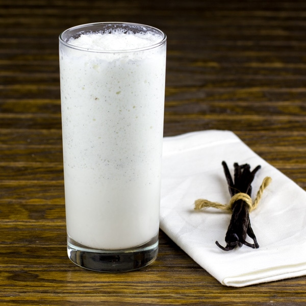 Vanilla-Bean-Frappe via The Black Peppercorn