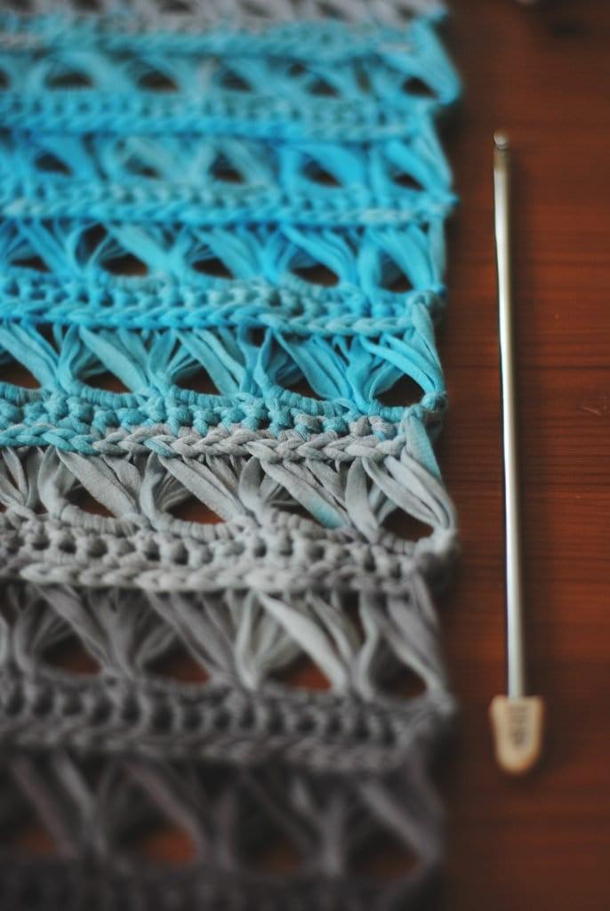crochet lace cowl via More Stomach