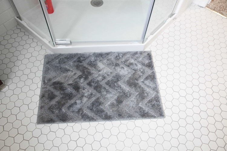 Bathroom Makeover Reveal from MomAdvice.com.