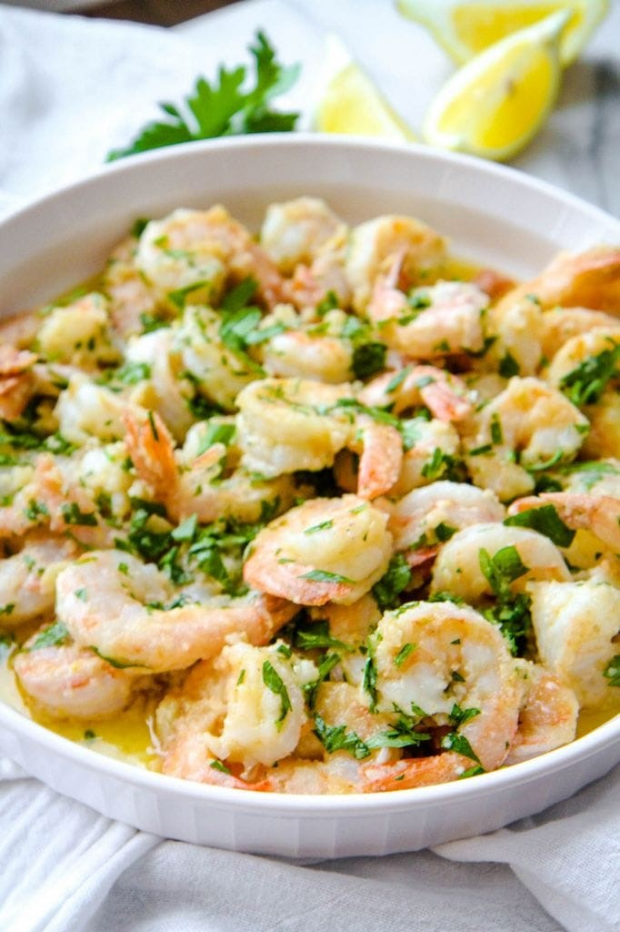 Finished Shrimp Scampi Dish With Lemons
