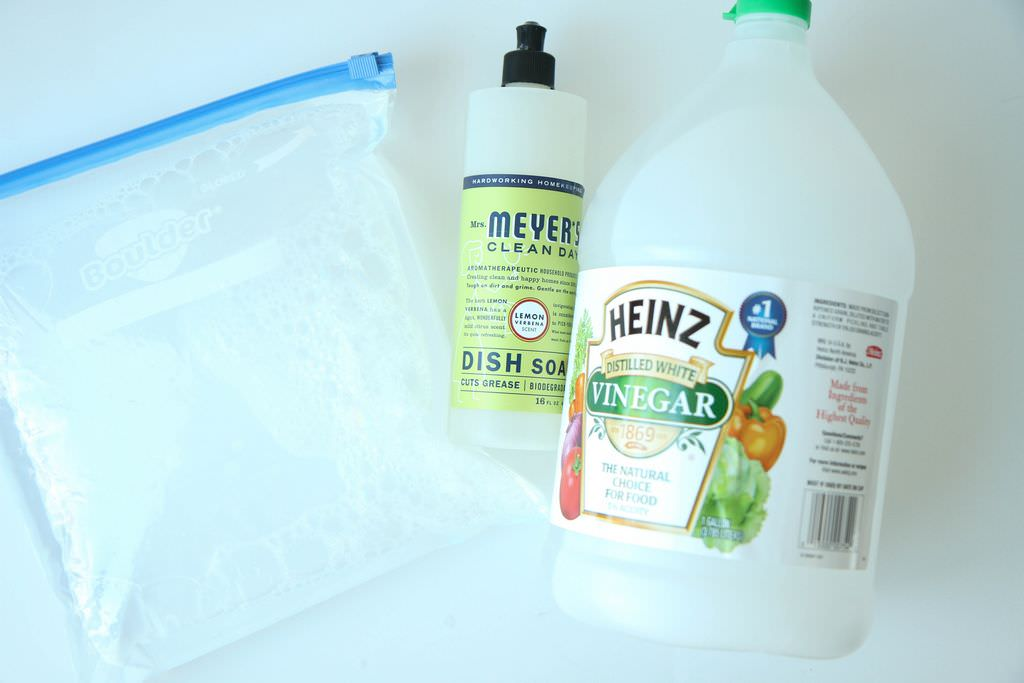 DIY Wet Swiffer Pads from MomAdvice.com