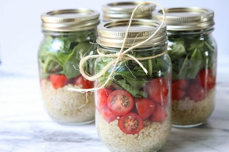 Quinoa-Salad-In-A-Jar-9