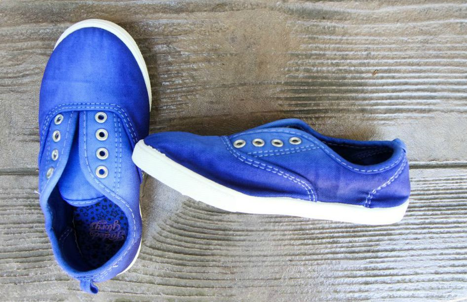 How to Dye Canvas Shoes from MomAdvice.com