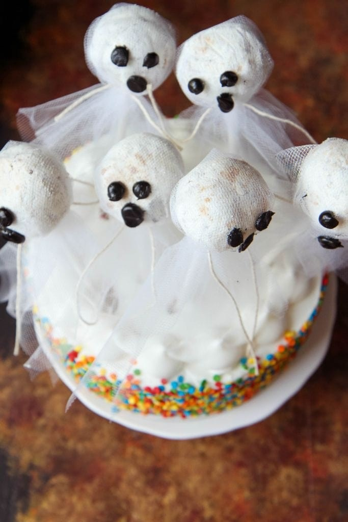 Halloween Doughnut Hole Ghost Cake Dessert