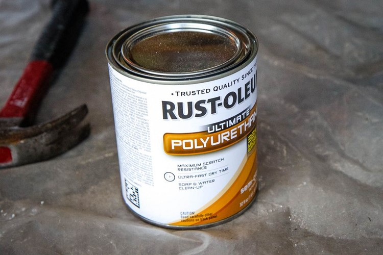 How to Paint a Kitchen Table Polyurethane