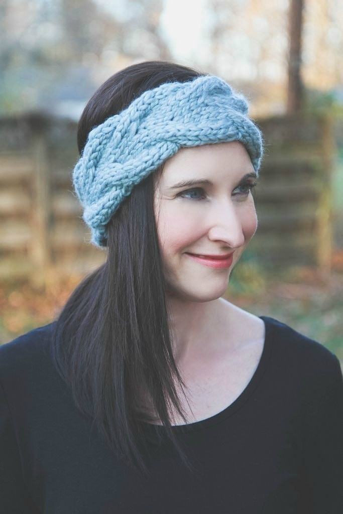 Learn cabling and make a Headband ear warmer to keep or give away.
