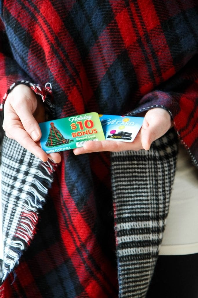 3 Unique Ways to Package Gift Cards (GIVEAWAY With Shoe Carnival)