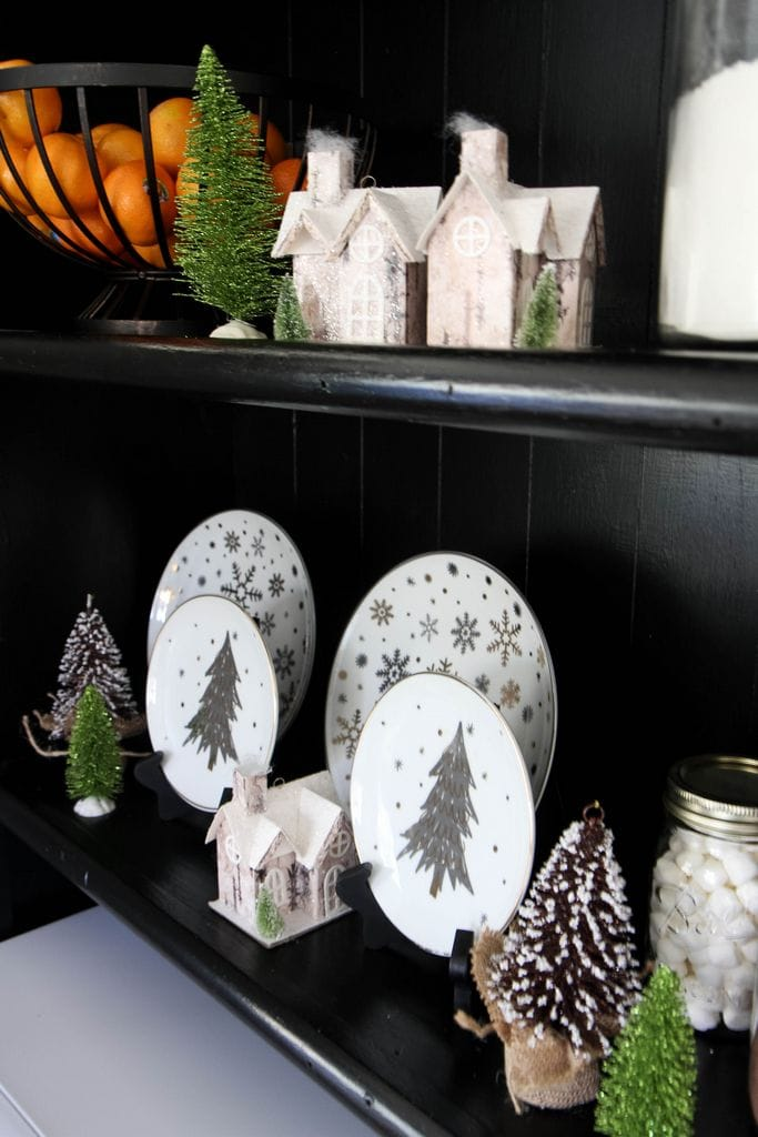 Transitioning Your Holiday Decor from MomAdvice.com