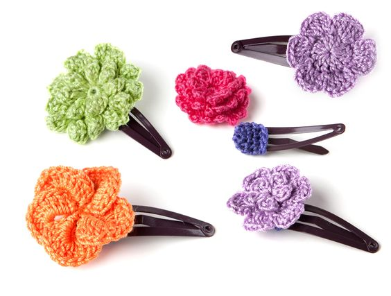 Crochet Hair Clips via Yarn Twist