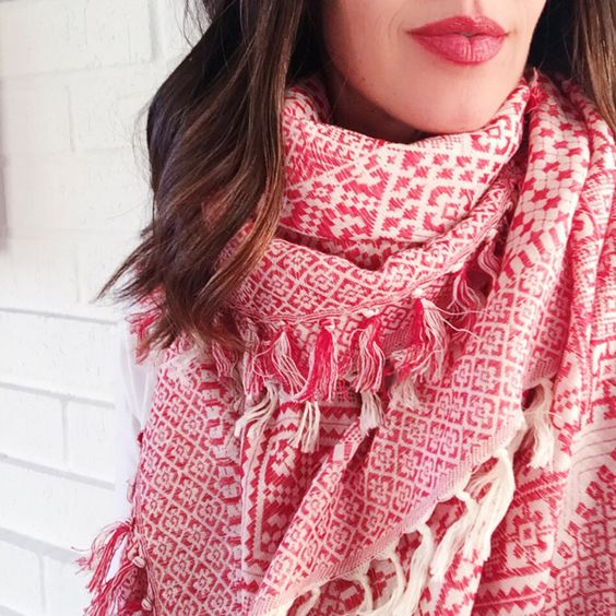 New ways to tie scarves via Whoorl
