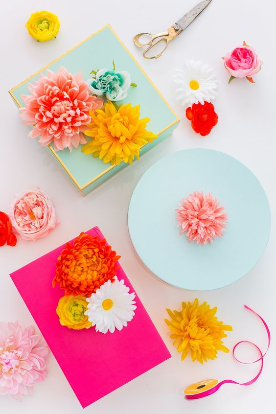 DIY Faux Flower Gift Topper Stickers via Sugar and Cloth