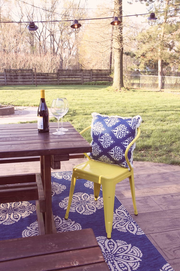 Tips & Tricks for Evening Entertaining from MomAdvice.com
