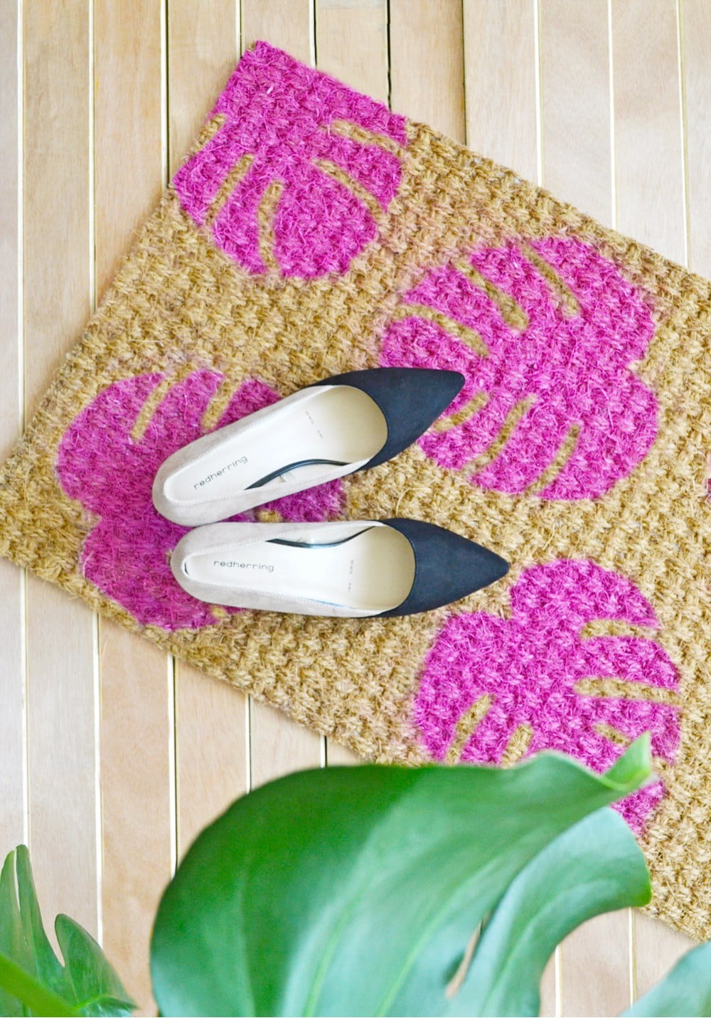 DIY-Monstera-doormat via Enthralling Gumption