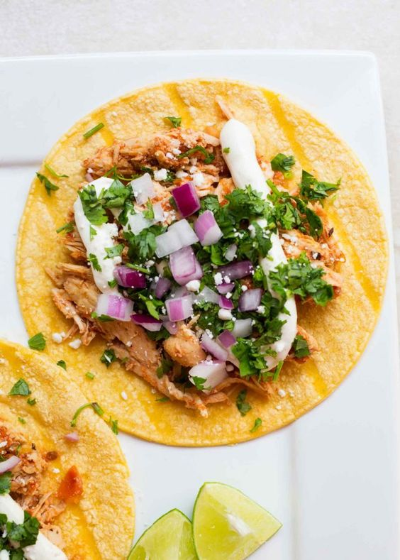 Slow Cook Chicken Tinga Tacos via I Heart Naptime
